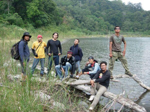 Trekking Danau Buyan Tamblingan