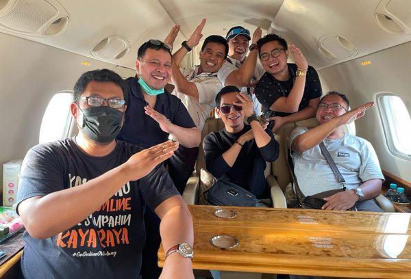 Team Sewa Charter Jet Pribadi